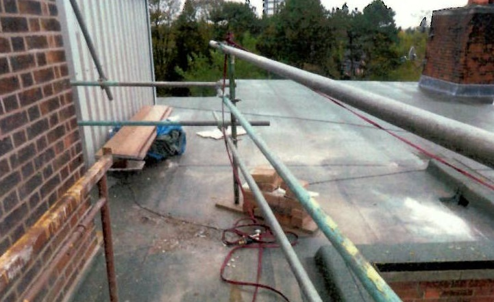 Worker in 14m Fatal Roof Plunge